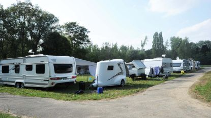 Heibel over woonwagens op oude camping