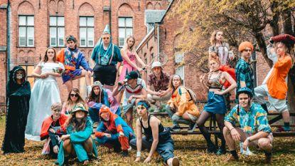 """Studenten Artevelde presenteren liveshow 'Fuck The Flock': """"Over mensen die het anders zien"""""""