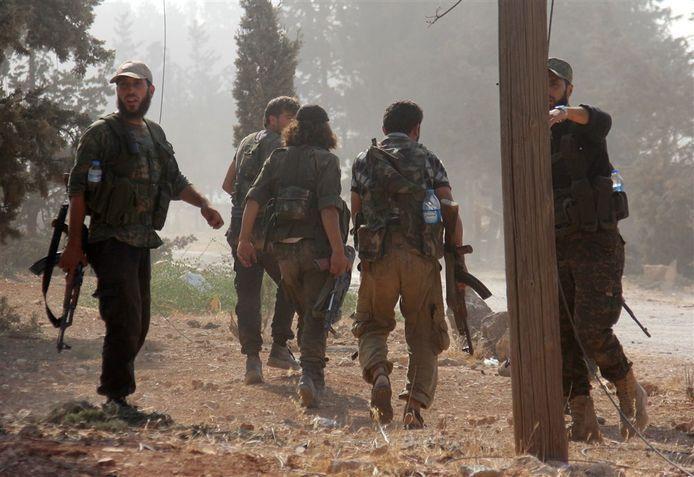 Foto ter illustratie. Strijders van Jahbat al-Nusra in 2016; op dat moment had de verdachte uit Kapelle Syrië overigens al verlaten.