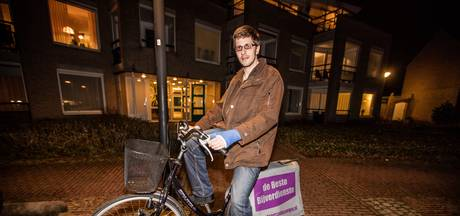Aangereden krantenbezorger uit Someren: De vorige auto stopte nog, deze reed gewoon door