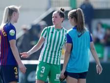Van Dongen: Geef het vrouwenvoetbal in ieder geval een eerlijke kans