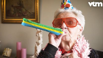 Mariette uit 'De Wereld Rond Met 80-jarigen' wordt zelf 80: wens haar een gelukkige verjaardag