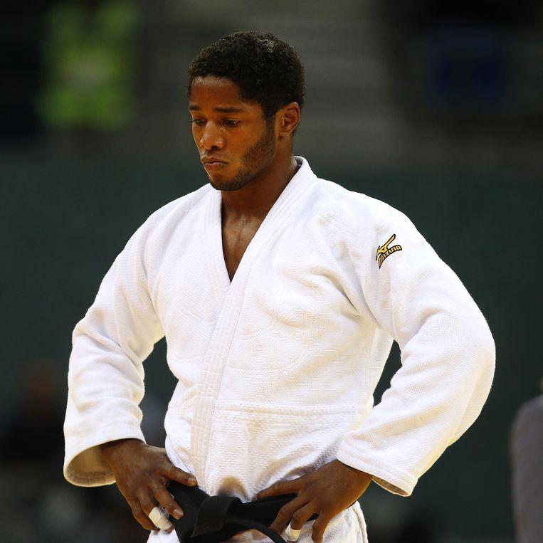 Dex Elmont stapt rond 15 uur op de judomat. Beeld null