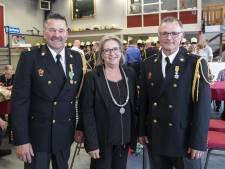 Markelose brandweerlieden koninklijk onderscheiden