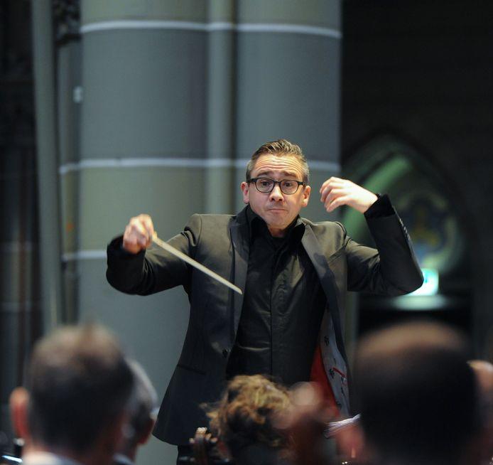 Dirigent Jos Schroevers uit Breda.