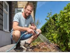 Tips van boer Tom: Zo voorkom je een uitgedroogde tuin