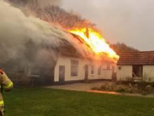 Grote brand verwoest boerderij in Hulshorst