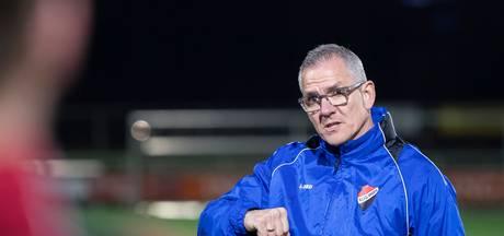 Nivo Sparta-trainer Van Geffen hoopt op promotie bij afscheid
