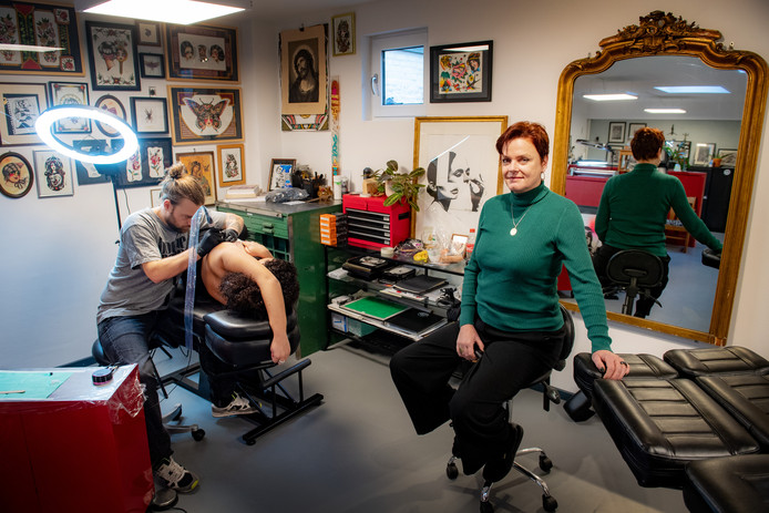 Marianne Laarakker start tattoowinkel Dutch harbourDgfotofoto: Bert Beelen