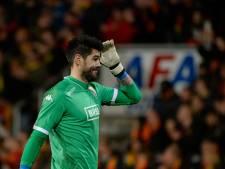 Valdés toont zich slechte verliezer en weigert met Barcelona troostfinale te spelen tijdens Otten Cup