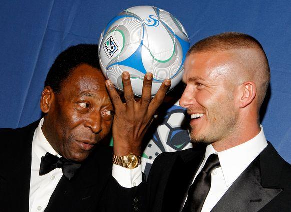 Pélé (l) met David Beckham