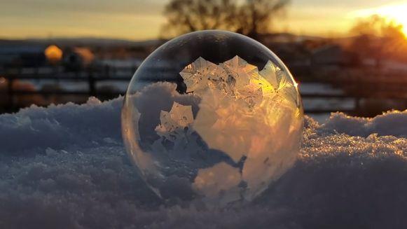 De bevroren zeepbel.