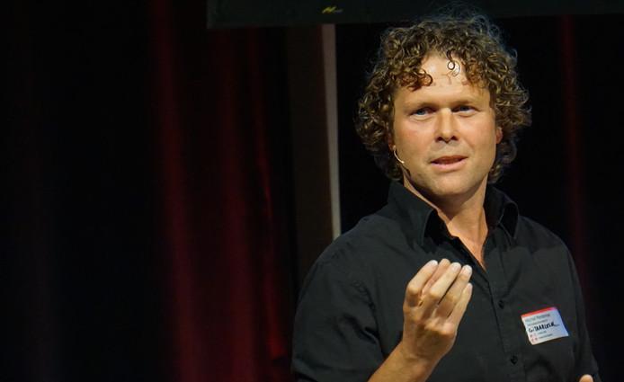 Michel Penterman: gitaarleraar, ondernemer en docent.