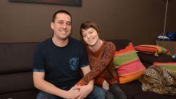 Caroline (34) heeft 100.000 euro nodig om hersentumor te laten behandelen in Duitsland, Waasland-Beveren schiet haar trouwe supporter te hulp met benefietacties