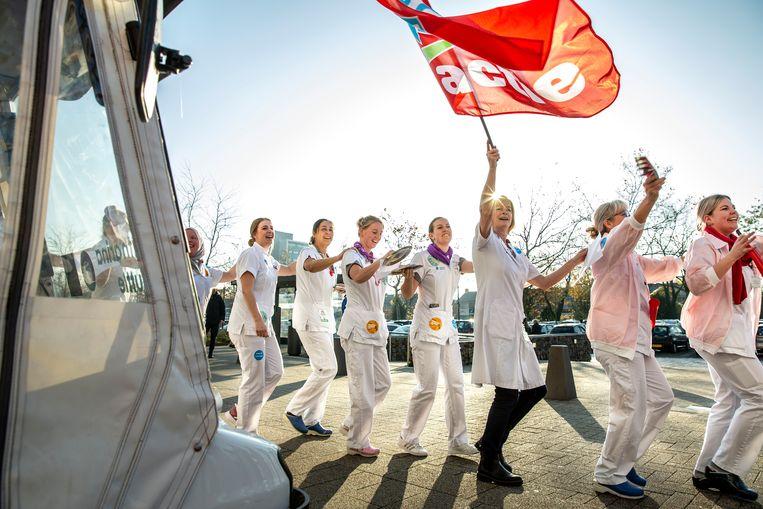 Staking in het Catharina Ziekenhuis in Eindhoven. Op 20 november waren er acties bij 119 ziekenhuizen door 150.000 zorgmedewerkers. Beeld Maikel Samuels