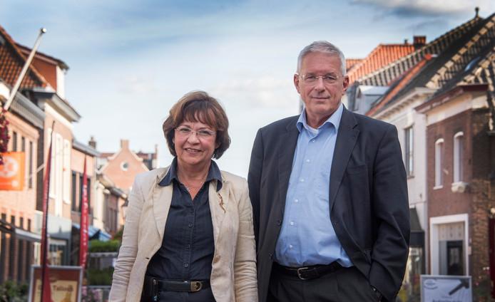 Ex-burgemeester Peter de Koning van Gennep samen met zijn partner Edith Ensinck op Kemna.