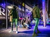 Opnieuw rellen in de Haagse Schilderswijk, ME veegt straat schoon