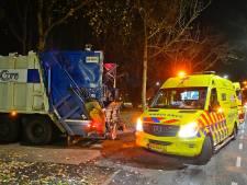 Scooterrijder botst op afslaande vuilniswagen in Valkenswaard en raakt gewond