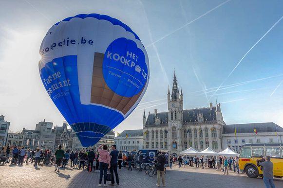 Twee jaar geleden investeerden de uitbaters nog in een nieuwe luchtballon van Het Kookpotje.