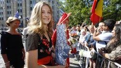 Elisabeth straalt op Te Deum, koningsgezin in Belgische outfits