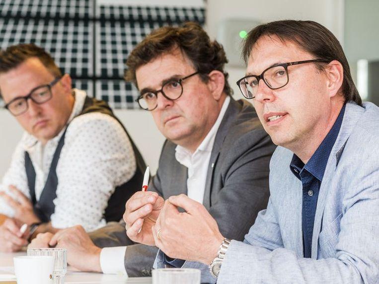 """""""De sector en de bouwers hebben zich aangepast, nu moeten we kijken of we wat kunnen vereenvoudigen"""", zegt Geert Flipts (rechts op de foto)."""