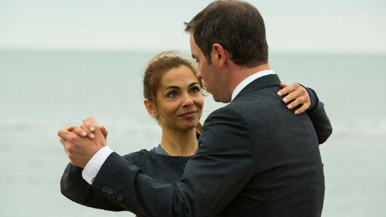 Georgina Verbaan en Jeroen van Koningsbrugge in De Suprise. Beeld
