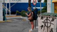 Griekse veerdiensten staken, duizenden vakantiegangers kunnen niet weg