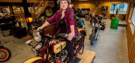 Even wennen: een stoere vrouw aan het roer van de motorzaak in Esbeek