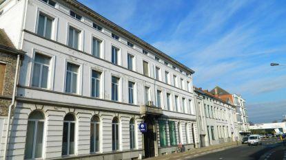 Oud politiegebouw vanaf 20 december leeg: Eeklo gaat Witte Huis verkopen