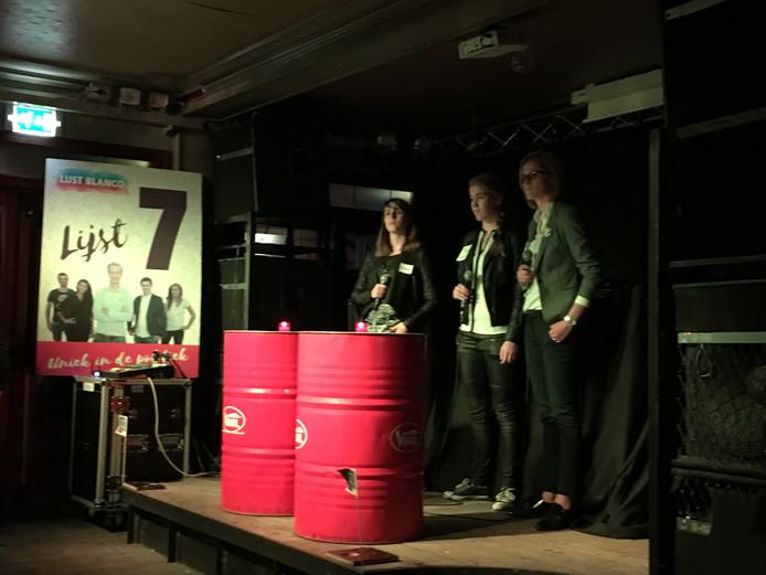 Het jongerendebat werd gehouden in Tapperij de Beurs.