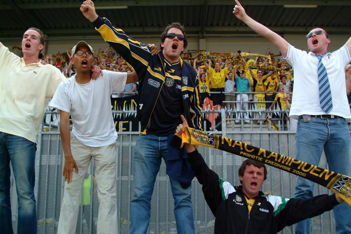 Het uitvak van NAC gaat uit zijn dak, nadat hun club zich voor het eerst in dertig jaar verzekerd heeft van Europees voetbal.