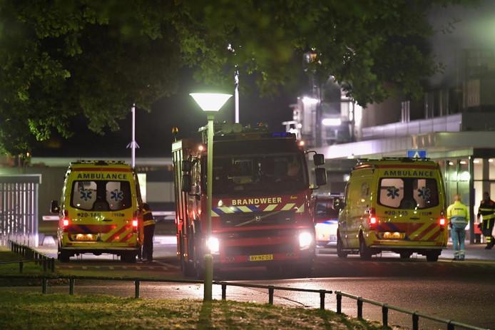 Brandweer en ambulances rukten uit voor het ongeval.