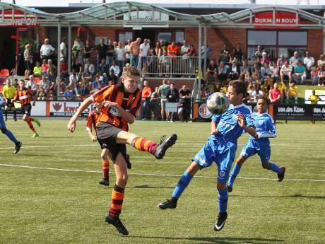 Drie keer scheepsrecht voor AZ: winnaar toernooi FC Zutphen