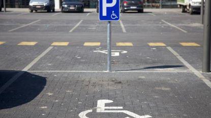 Evergem vraagt meer aandacht voor 'blauwe parkeerplaatsen' op evenementen
