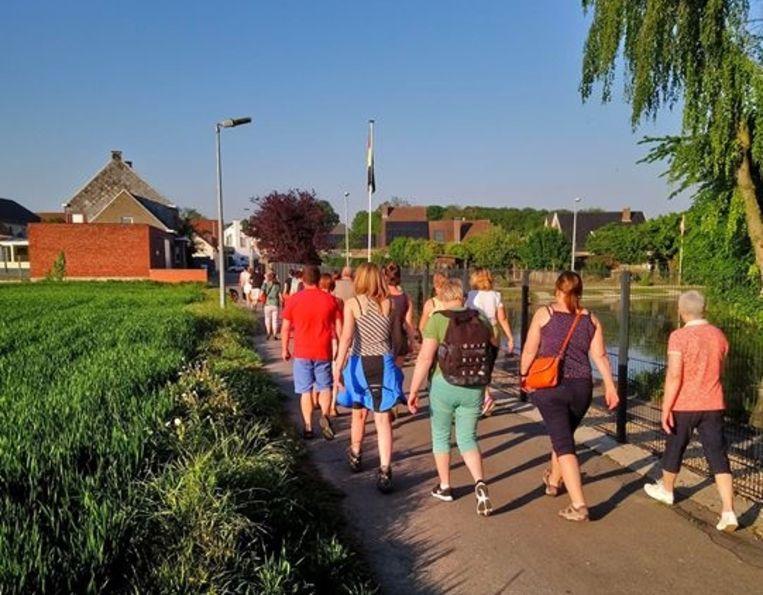 Gezinsbond Ressegem gaat wandelen in Velzeke.