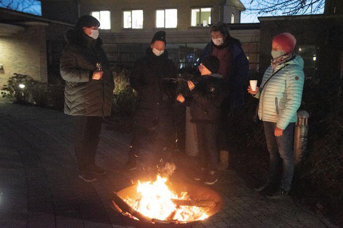 Zorgband Leie & Schelde stak 900 kaarsen en vuur aan voor een warme avond