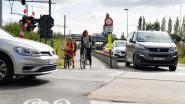 """Zele en Lokeren overleggen over onveilige situatie aan kruispunt Brandstraat: """"Politie regelt verkeer in afwachting van oplossing"""""""