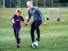 Mooi begin van de herfstvakantie dankzij voetbaltraining van Lucas Woudenberg