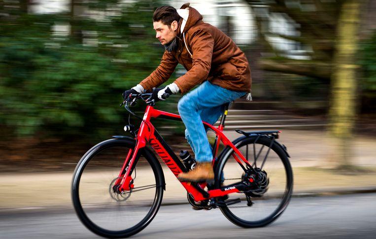 De speed pedelec, een sportieve elektrische fiets, haalt 45 km per uur. Beeld ANP