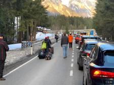 Raymond halsoverkop weg uit skidorp door coronavirus: 'Iedereen vluchtte het dal uit'