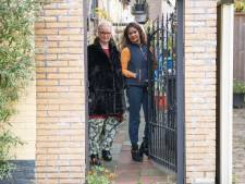 Poort die inzet is van slepende burenruzie aan Enschedese Steenweg, mag van gemeente blijven