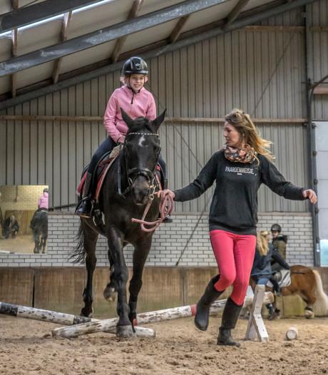 Walhalla voor paardenmeisjes en -jongens bij  ponykamp in 's-Gravenzande