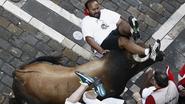 Veertien gewonden bij stierenrennen Pamplona, twee zijn er ernstig aan toe