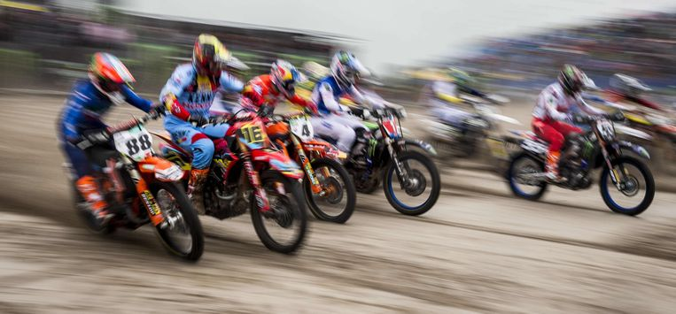 Competitors take the start of the Motocross of Nations race at the TT Circuitin Assen, on September 29, 2019. (Photo by Vincent Jannink / ANP / AFP) / Netherlands OUT