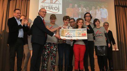 AC Lyra schenkt 1 500 euro aan vzw Amikoj