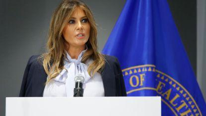 """Melania Trump waarschuwt voor mogelijk """"destructieve"""" effecten van sociale media, terwijl haar man op Twitter tekeergaat"""