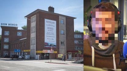 """Leerkracht (34) veroordeeld voor verkrachting leerling: """"Hij werd hier op handen gedragen"""""""