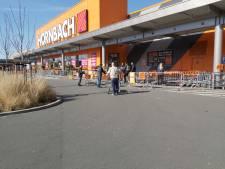 Hornbach Zwolle hanteert strengere corona-regels tijdens paasweekend