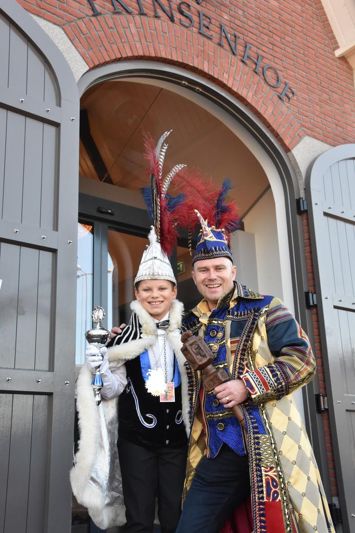 Stadsprins Adje d'n Twidde en Jeugdprins Giel d'n Urste van Klompengat.