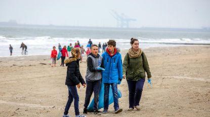 150 kinderen maken 6 km strand proper